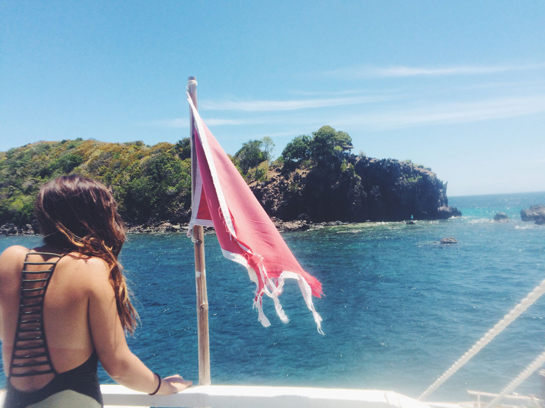 Boat ride to Apo Island