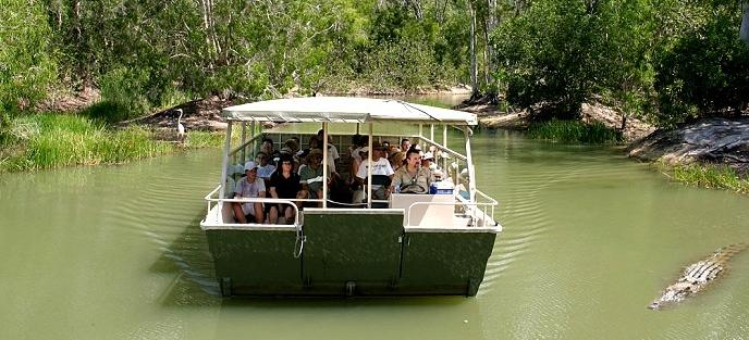 Hartley's Lagoon - Hartley's Crocodile Adventures.