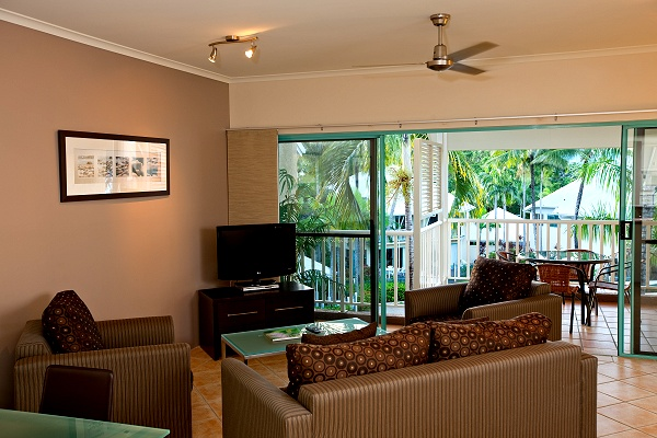 1 Bedroom Apartment - Coral Sands Resort. Copyright Trinity Beach Apartments.
