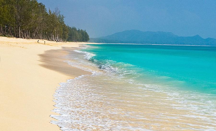 Lanikai Beach Hyatt Regency Waikiki Resort And Spa