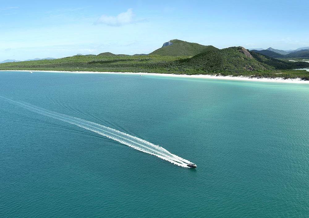 Qualia and Whitehaven Beach - Qualia. Copyright Hamilton Island Enterprises.