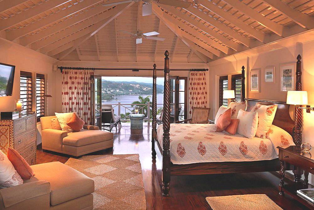 Grand Pineapple Villa Suite From Photo Gallery For Round