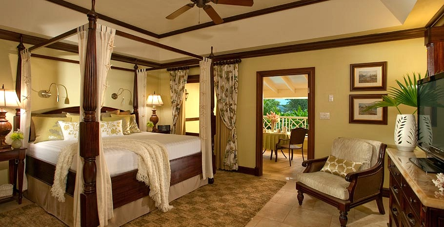 Royal Honeymoon Oceanview Crystal Lagoon Suite Extraordinaire From Photo Gallery For Sandals