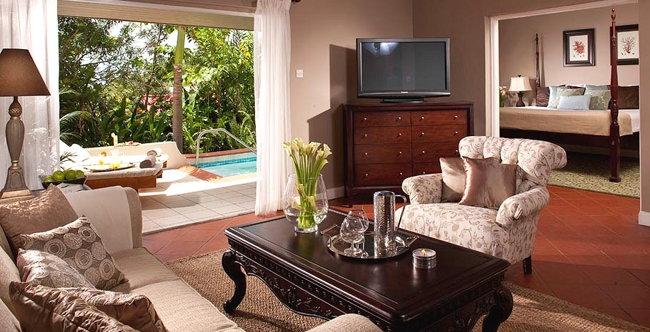 Honeymoon Regency Hideaway One Bedroom Suite With Private Pool