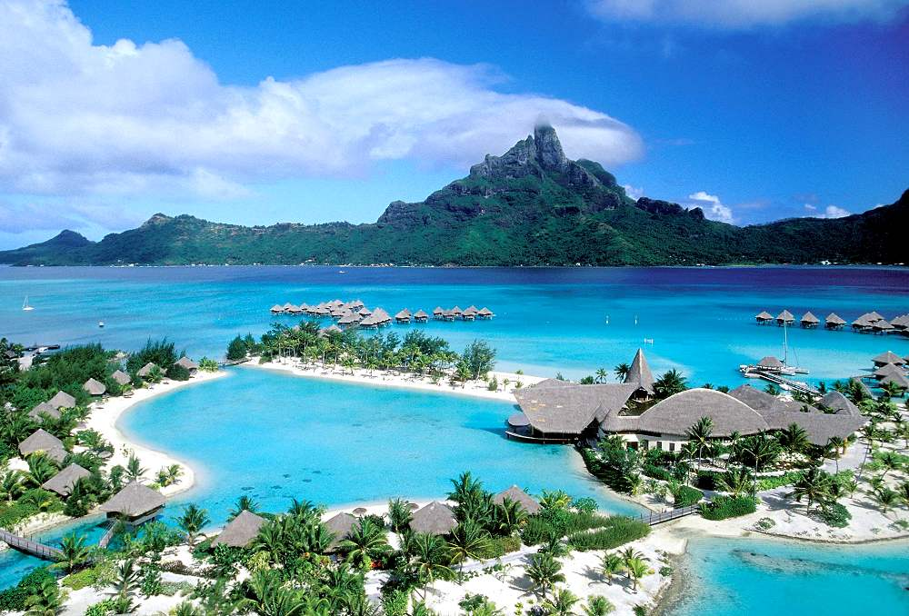 Le Meridien Bora Bora - Le Meridien Bora Bora. Copyright Starwood Hotels & Resorts Worldwide, Inc.