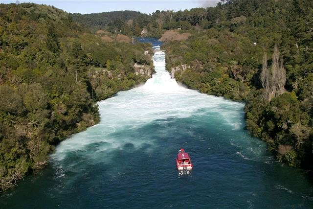Huka Falls River Cruise New Zealand Reviews Pictures Map Visual Itineraries