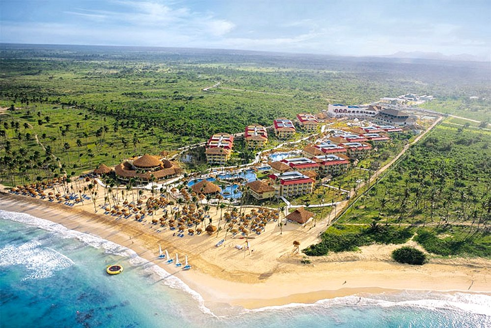 Aerial View Of Punta Cana Dreams Resort Spa Photo Copyright Gently Kissing The Palm Fringed Beach