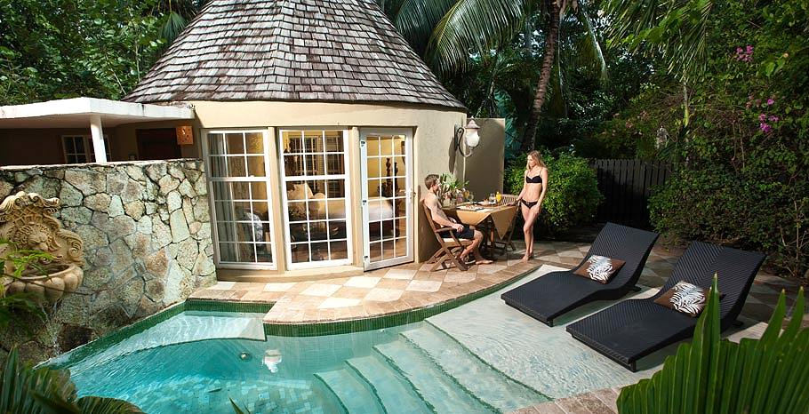 Honeymoon garden rondoval with private plunge pool from for Garden plunge pool