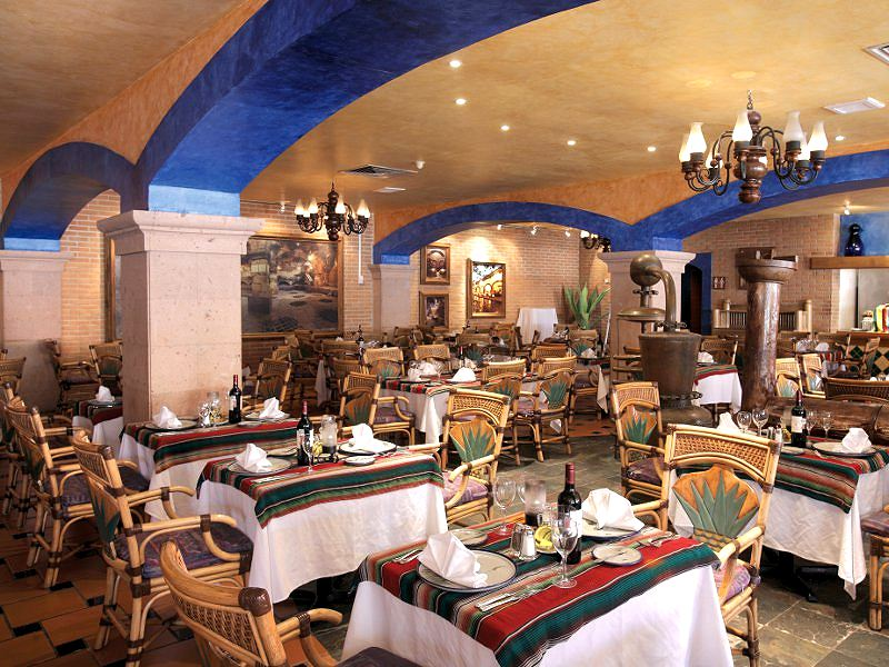 Agave Restaurant Barcelo Maya Colonial