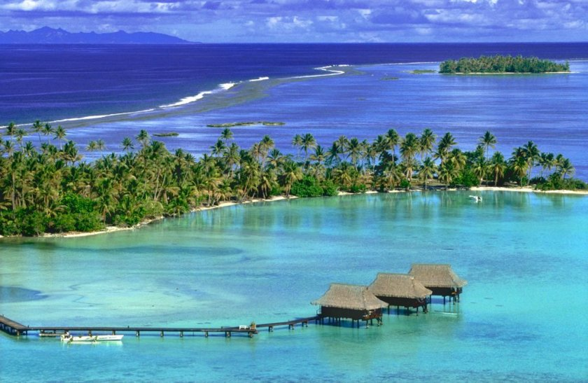Overview - Vahine Island. Copyright Vahine Island.