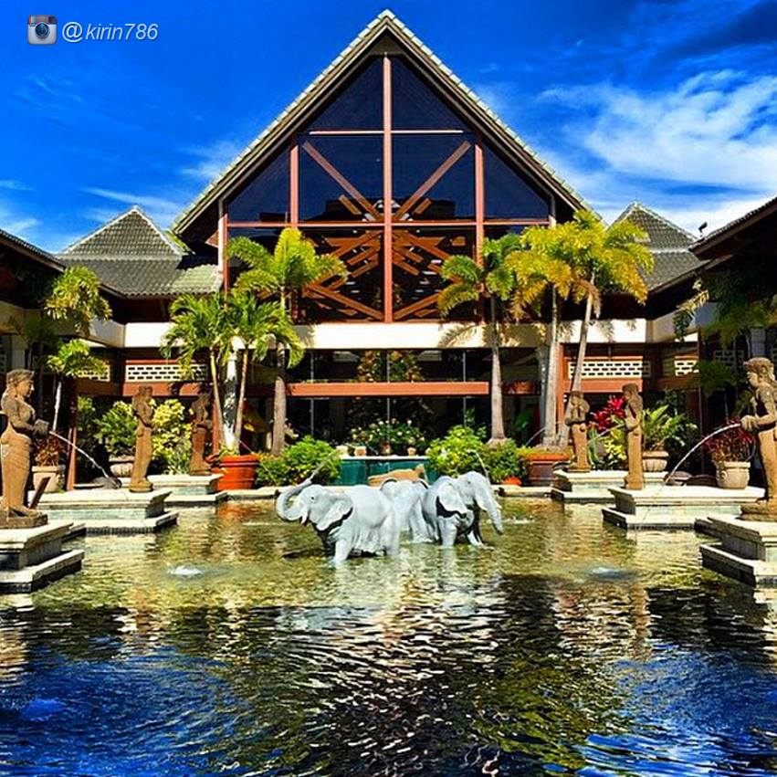 Loews Royal Pacific Resort Florida Reviews Pictures Videos Map