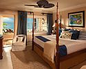 Honeymoon Concierge Beachfront Walk-out Room - Sandals Royal Caribbean